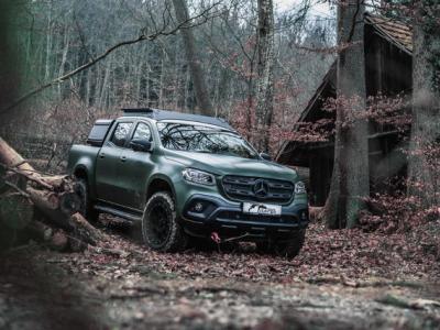 Ένα pickup ειδικά διαμορφωμένο για τους κυνηγούς